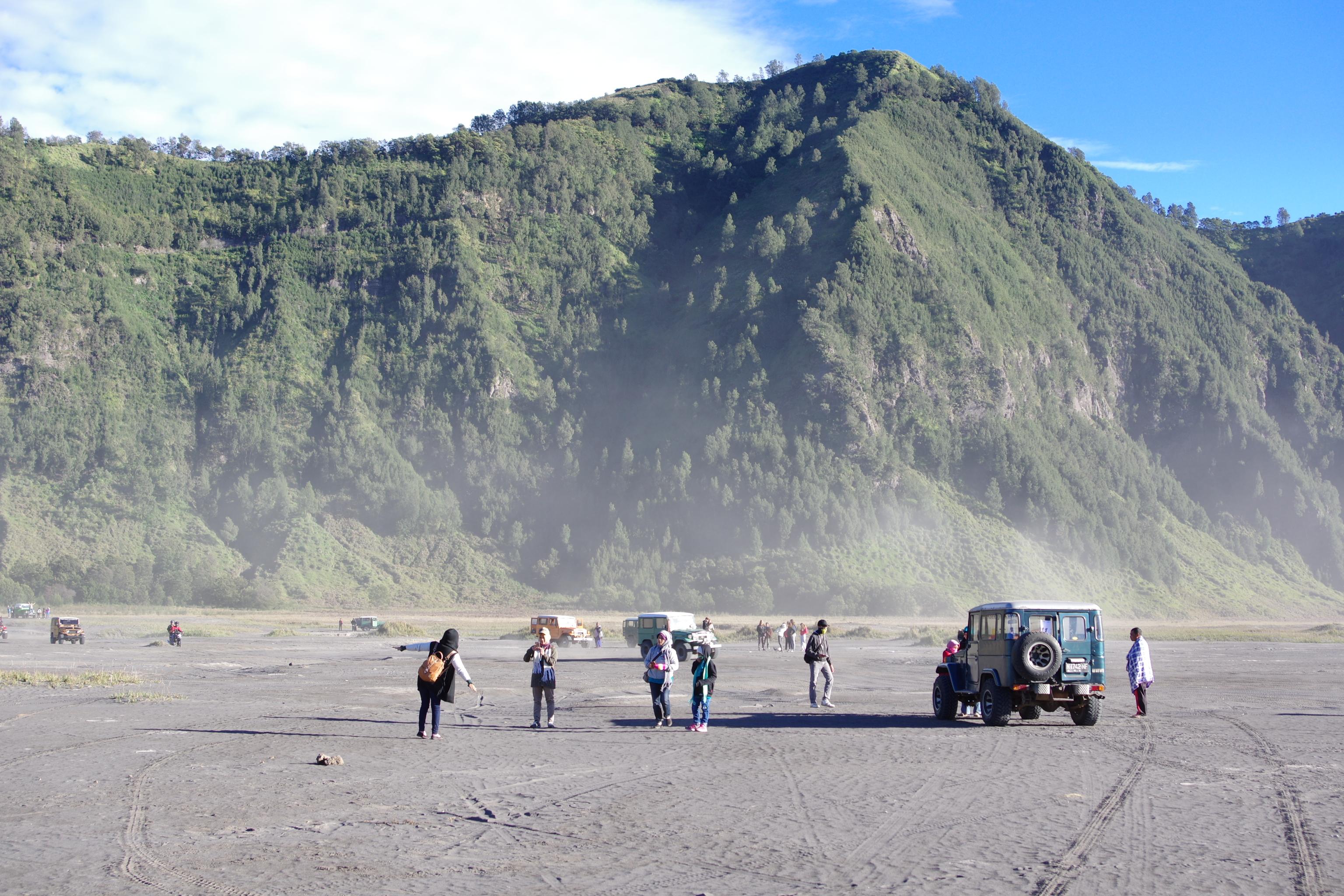 Đi Indo, ngắm bình minh núi lửa Bromo - Ảnh 7.