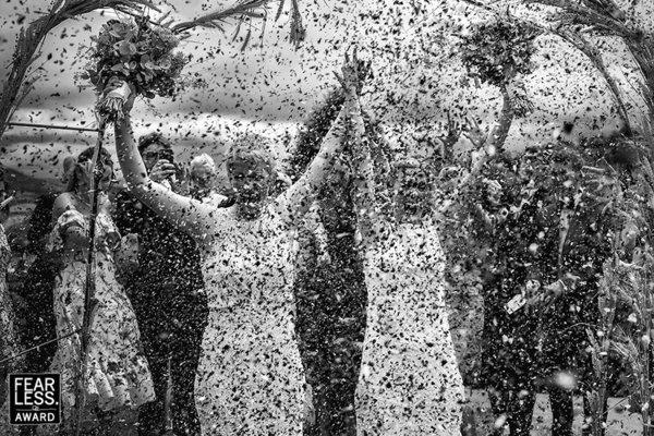 Ảnh cưới của nhiếp ảnh gia gốc Việt đạt giải thưởng Fearless Award - Ảnh 6.