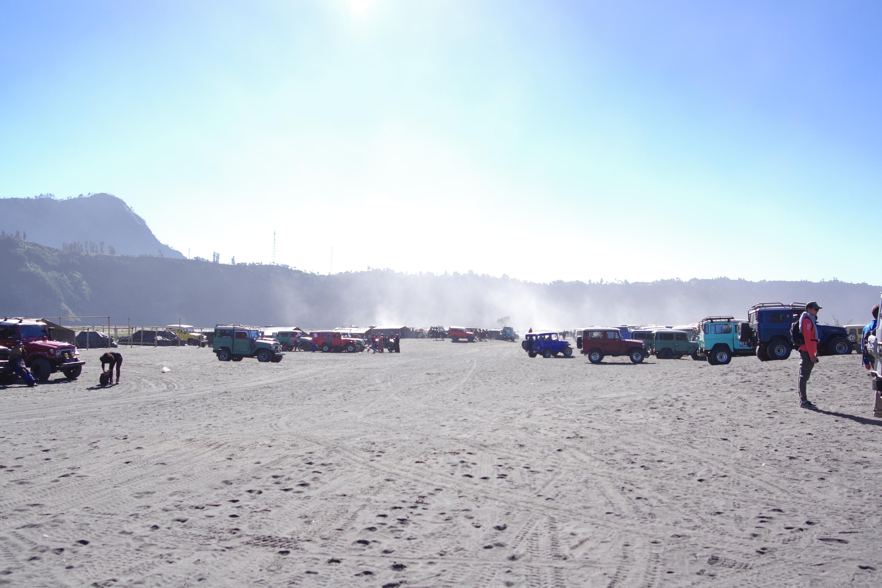 Đi Indo, ngắm bình minh núi lửa Bromo - Ảnh 8.