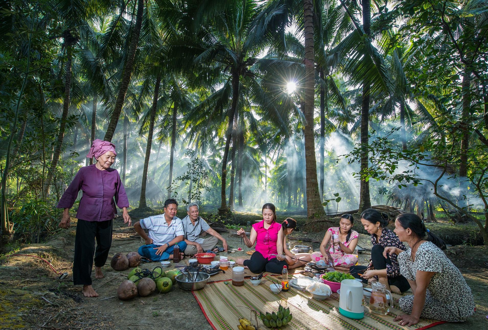 Gửi ảnh, clip, bài thi Tận hưởng bản sắc Việt lần 2 để rinh giải thưởng lớn - Ảnh 3.