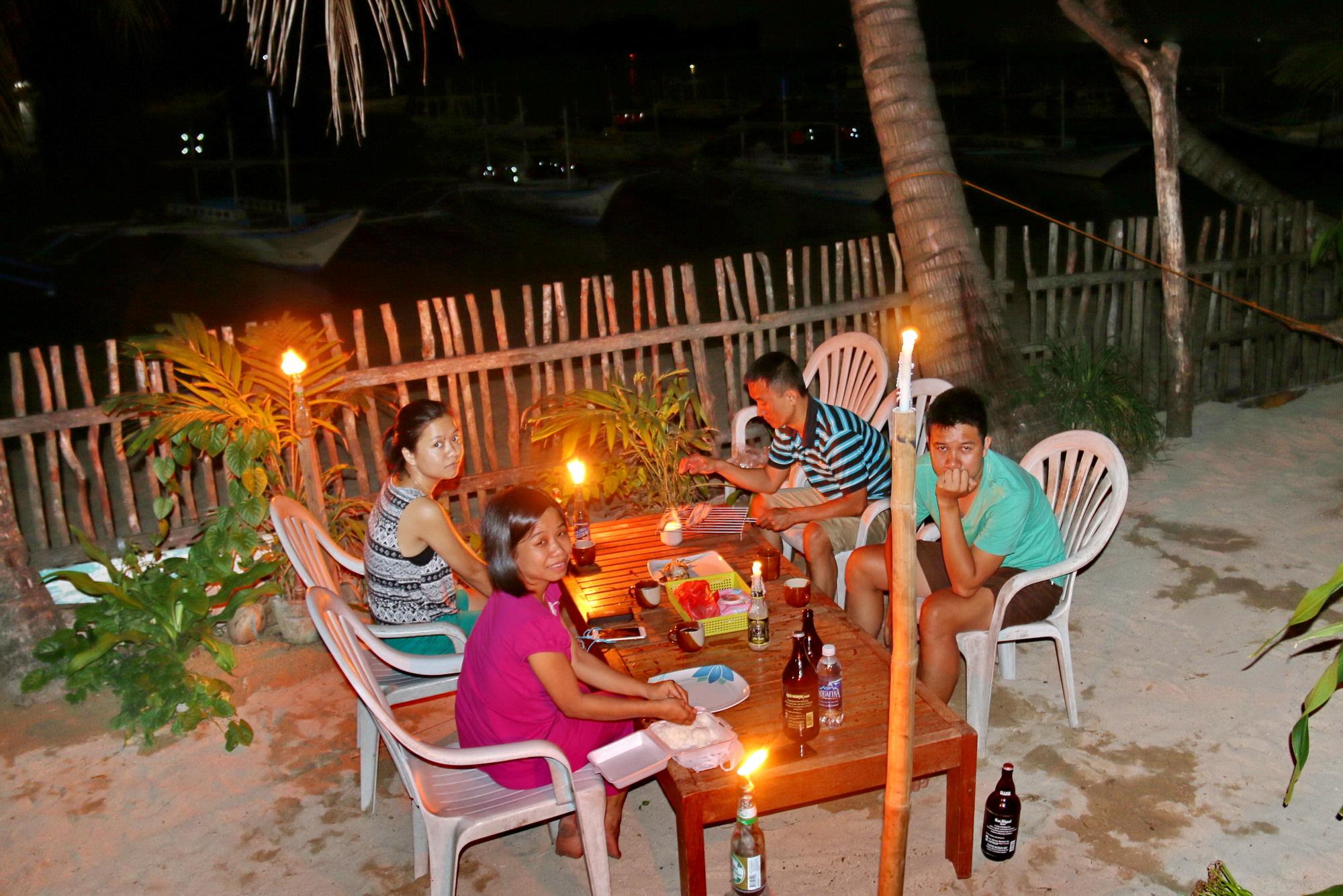 Sang Philippines vẫy vùng trên biển El Nido - Ảnh 6.