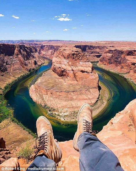Mốt chụp chân tại các điểm du lịch khét tiếng - Ảnh 9.
