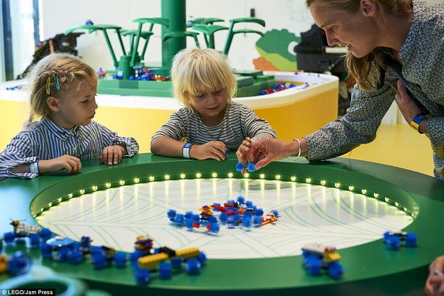 Ghé thăm ngôi nhà Lego với 25 triệu mảnh xếp hình - Ảnh 1.