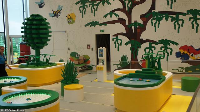 Ghé thăm ngôi nhà Lego với 25 triệu mảnh xếp hình - Ảnh 4.