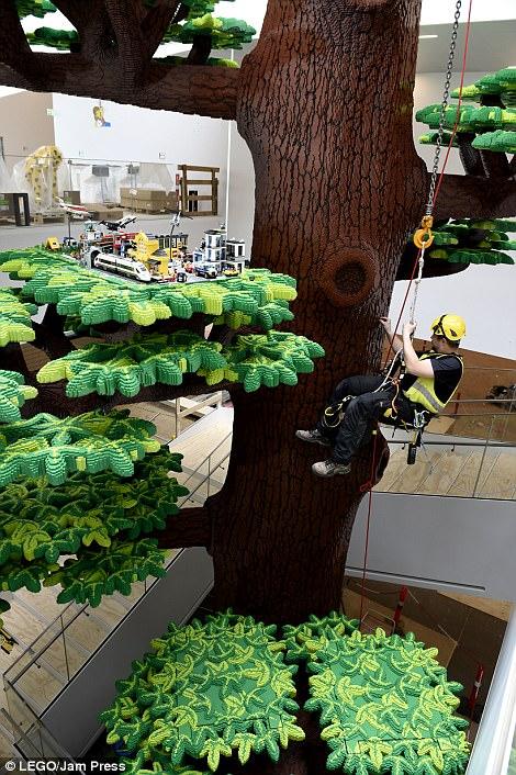 Ghé thăm ngôi nhà Lego với 25 triệu mảnh xếp hình - Ảnh 7.