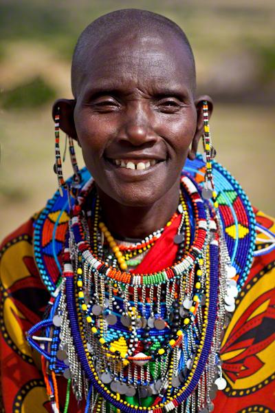 Những trang phục truyền thống đặc sắc và kỳ lạ khắp thế giới - Ảnh 8.