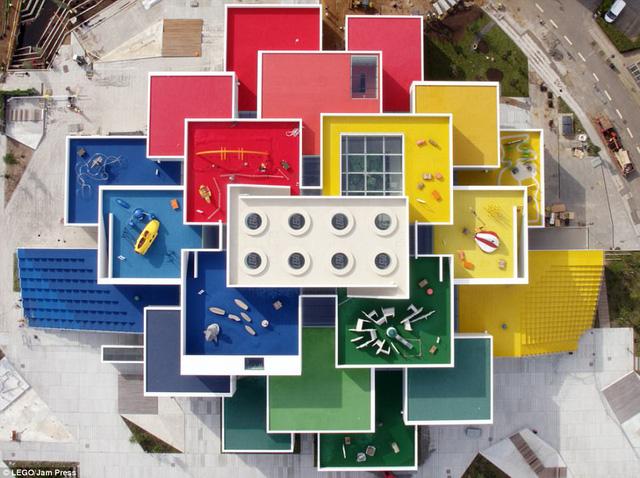 Ghé thăm ngôi nhà Lego với 25 triệu mảnh xếp hình - Ảnh 9.