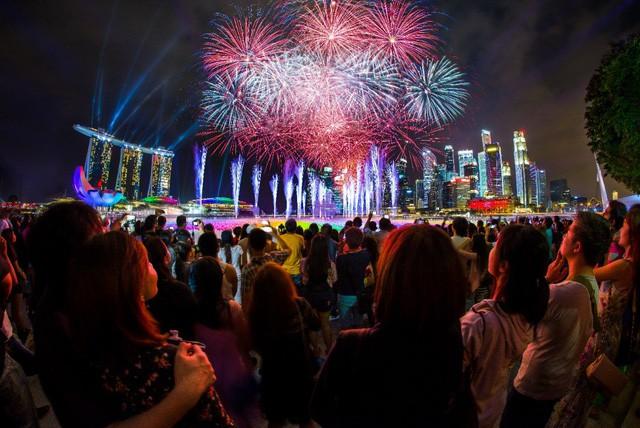 Singapore rực rỡ mùa lễ hội cuối năm - Ảnh 9.
