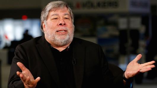 Nhà đồng sáng lập Apple Steve Wozniak sẽ không mua ngay iPhone X - Ảnh 1.
