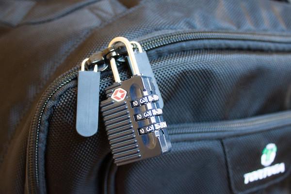 Cách chọn túi xách phù hợp cho chuyến du lịch - Ảnh 3.