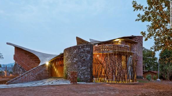 Tham quan 9 công trình bằng gạch đặc sắc nhất thế giới - Ảnh 3.