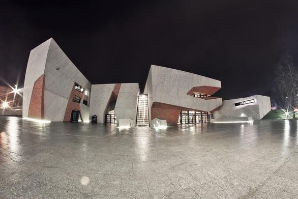 Tham quan 9 công trình bằng gạch đặc sắc nhất thế giới - Ảnh 7.