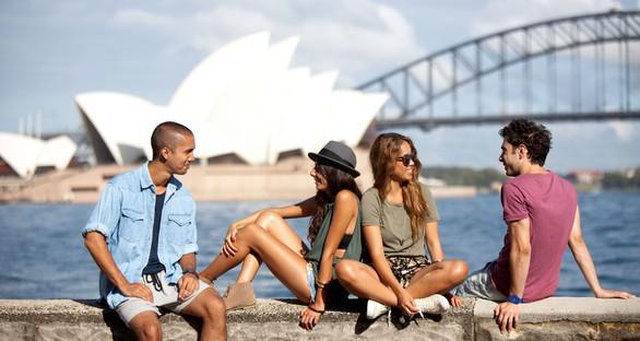 10 mẹo thuyết phục cha mẹ cho bạn đi du lịch một mình - Ảnh 2.