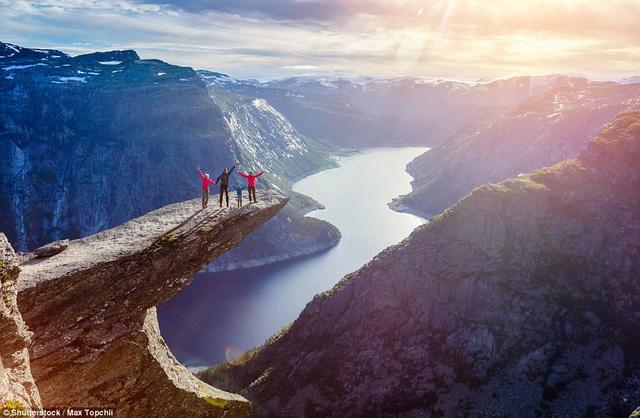 Du ngoạn những 'kỳ cục quan' thế giới do Lonely Planet giới thiệu
