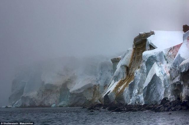 8 hoang đảo đẹp như chốn bồng lai trên thế giới - Ảnh 6.