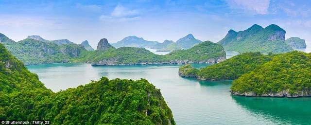 8 hoang đảo đẹp như chốn bồng lai trên thế giới - Ảnh 2.