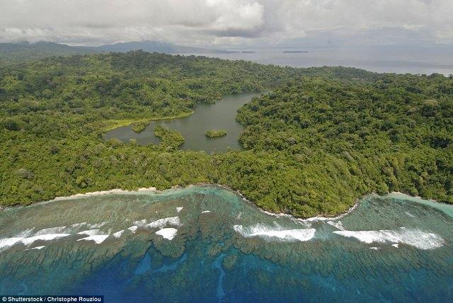 8 hoang đảo đẹp như chốn bồng lai trên thế giới - Ảnh 5.