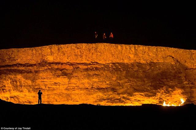Ghé thăm đất nước bí ẩn Turkmenistan - Ảnh 9.
