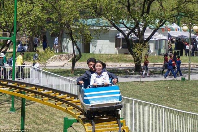 Lọt vào trong công viên giải trí Triều Tiên có gì vui? - Ảnh 4.