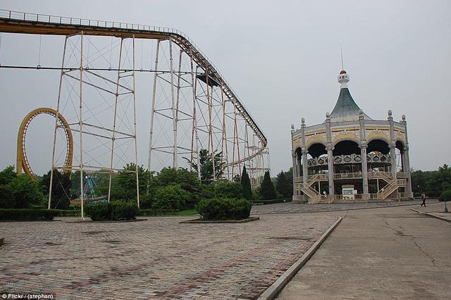 Lọt vào trong công viên giải trí Triều Tiên có gì vui? - Ảnh 10.
