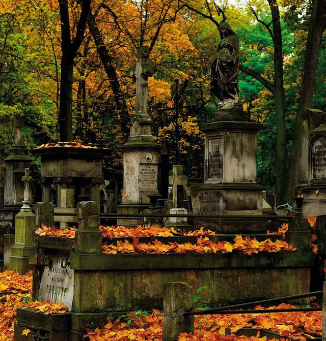 Những nghĩa trang nên đến thăm... trước khi chết! - ảnh 9