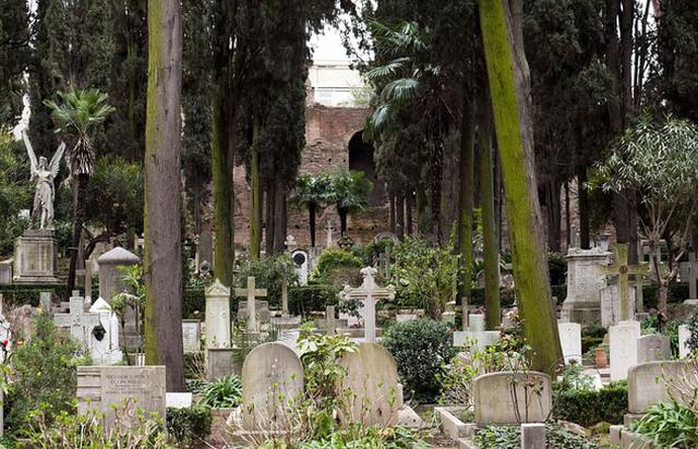 Những nghĩa trang nên đến thăm... trước khi chết! - ảnh 3