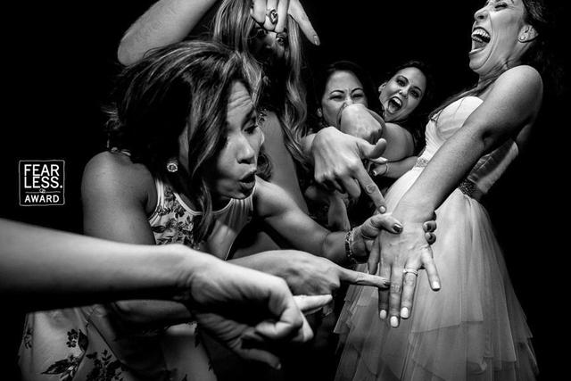 Ảnh cưới của nhiếp ảnh gia gốc Việt đạt giải thưởng Fearless Award - Ảnh 11.