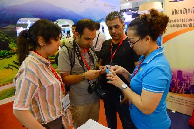 Hàng ngàn người dự khai mạc Hội chợ Du lịch quốc tế, tìm hiểu khuyến mãi - Ảnh 7.