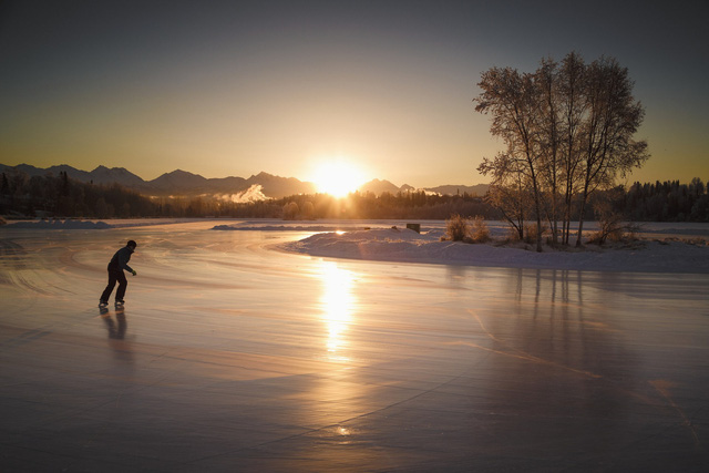 Những hồ băng tự nhiên tuyệt đẹp vào mùa đông - Ảnh 7.
