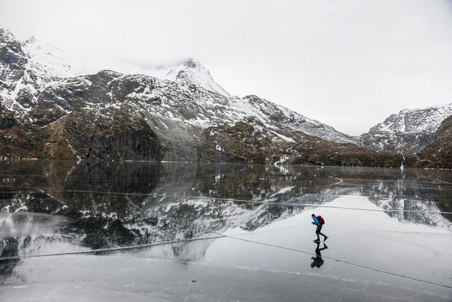 Những hồ băng tự nhiên tuyệt đẹp vào mùa đông - Ảnh 8.