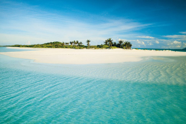 10 bãi biển đẹp nhất thế giới chờ bạn đến tắm - Ảnh 1.