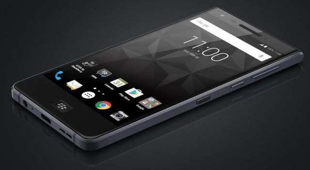 Blackberry ra mắt điện thoại màn hình cảm ứng Motion - Ảnh 1.