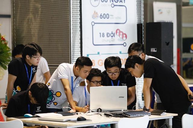 ĐH Lạc Hồng vô địch cuộc thi Việt Nam IoT Hackerthon - Ảnh 1.