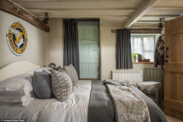 Thăm căn nhà 500 năm tuổi nằm giữa rừng sâu ở Anh - Ảnh 11.