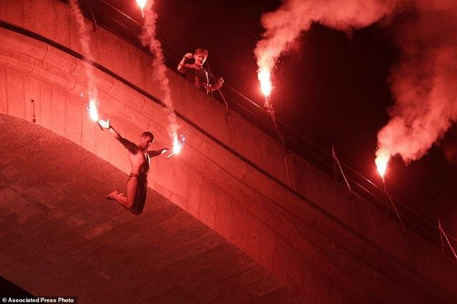 Đi chơi ở Bosnia, xem thi nhảy ngoạn mục - Ảnh 8.