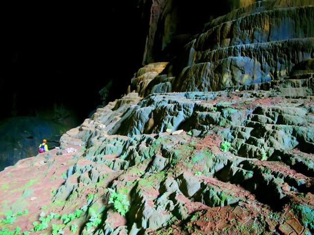 Ba hang động mới được đưa vào thử nghiệm tuyến du lịch - Ảnh 1.