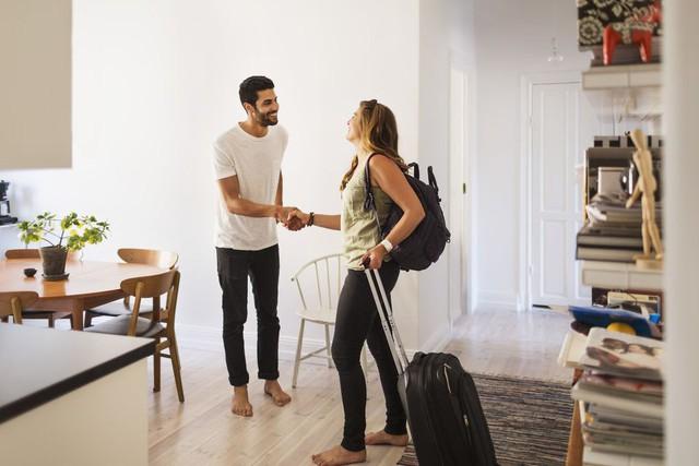 Làm thế nào để tìm nơi ở giá rẻ khi đi du lịch thế giới? - Ảnh 1.