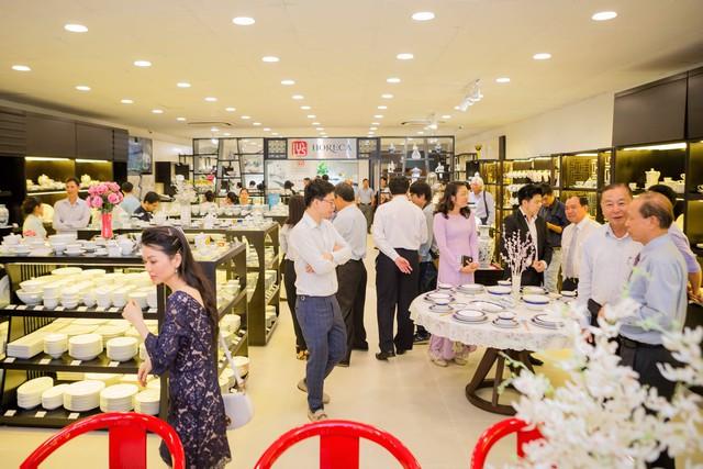 Gốm sứ Minh Long có thêm showroom mới tại TP.HCM - Ảnh 2.