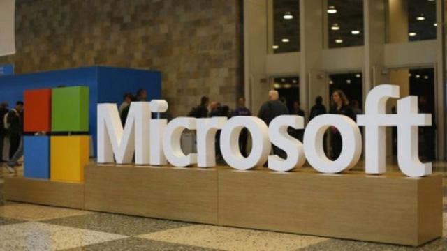 Microsoft tái tập trung vào lĩnh vực điện toán đám mây - Ảnh 1.