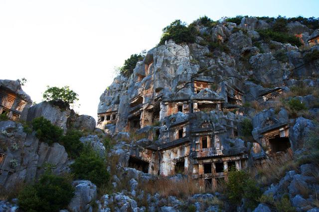 Đến Thổ Nhĩ Kỳ khám phá mộ cổ Myra Tomb - Ảnh 1.