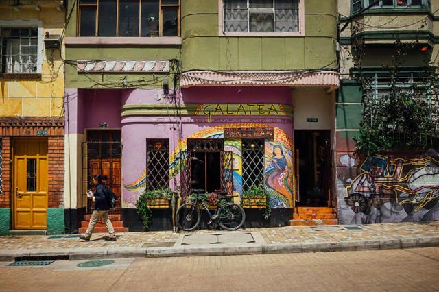 Đường phố Bogotá thu hút du khách nhờ Graffiti - Ảnh 2.