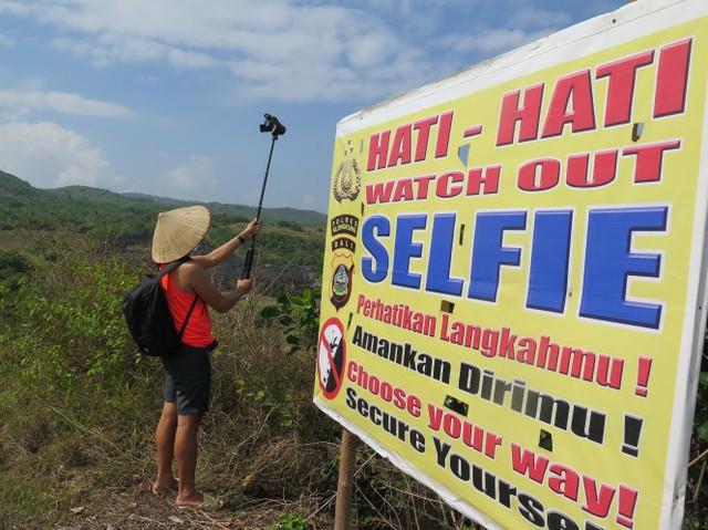 Đến Bali, chụp selfie đến chết - Ảnh 2.