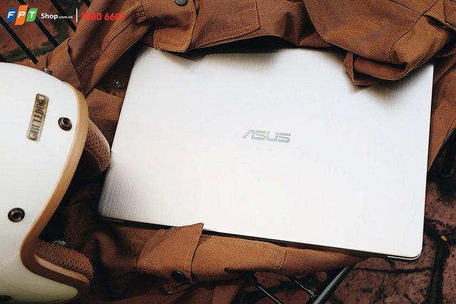 Mua laptop cho năm học mới, trúng Honda Vision tại FPT Shop - Ảnh 2.