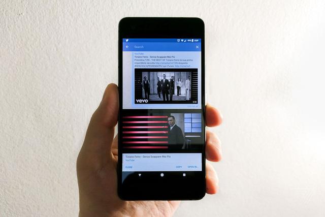 Mẹo vừa xem YouTube vừa lướt điện thoại trên Android và iOS