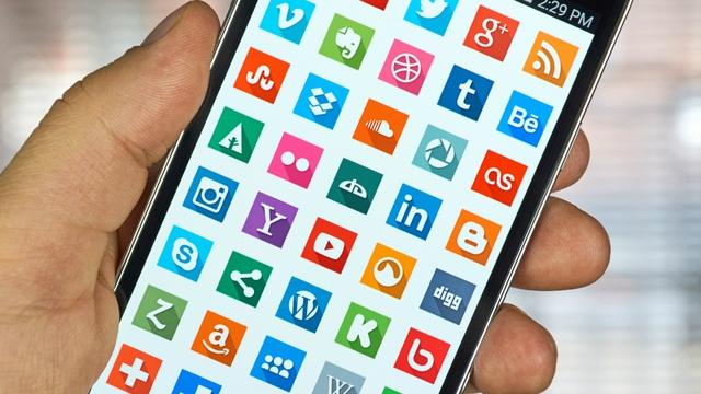 Người dùng Android dành 325 tỉ giờ trên các ứng dụng - Ảnh 1.
