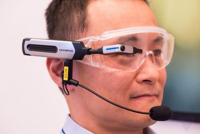Olympus tung ra mắt kính thông minh 1.500 USD - Ảnh 1.