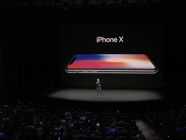 Tiết lộ chi phí thực của iPhone X - Ảnh 2.