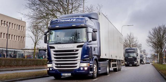300.000 tài xế sẽ mất việc vì xe tải tự hành - Ảnh 2.