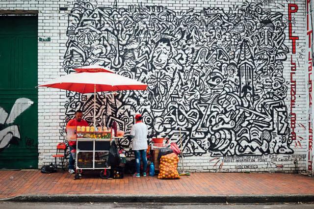Đường phố Bogotá thu hút du khách nhờ Graffiti - Ảnh 3.