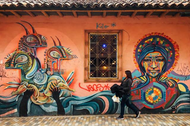 Đường phố Bogotá thu hút du khách nhờ Graffiti - Ảnh 4.